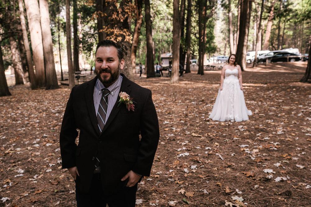 yosemite-swinging-bridge-first-look-wedding-2.jpg