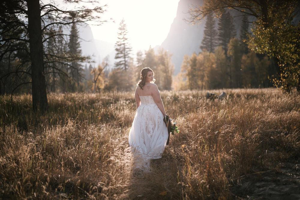 yosemite-meadow-wedding-photos-sunset-15.jpg