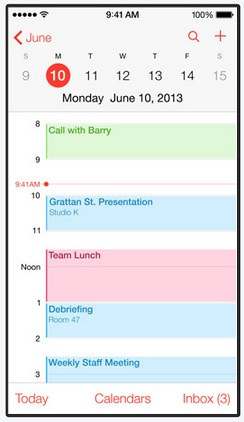 The new calendar app in iOS 7 loses all forms ofskeuomorphisms