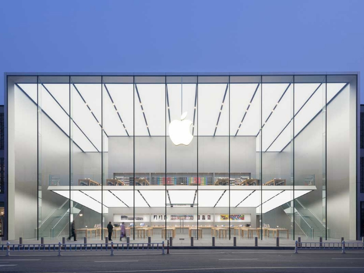 The front view of the most recently opened Apple store in China (via Wired.com)