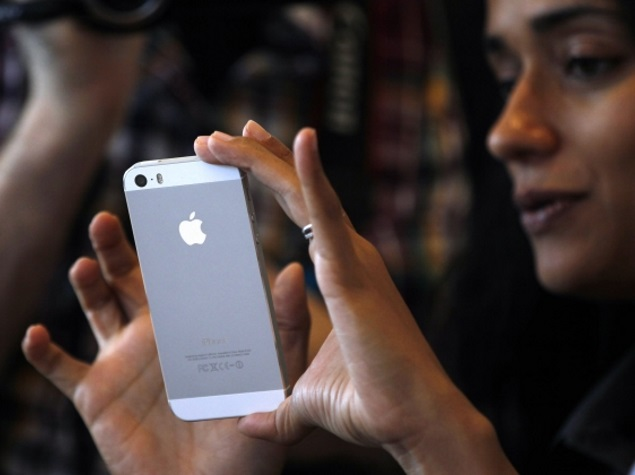 iPhone is still a big status symbol in India (Image source: Reuters.com)