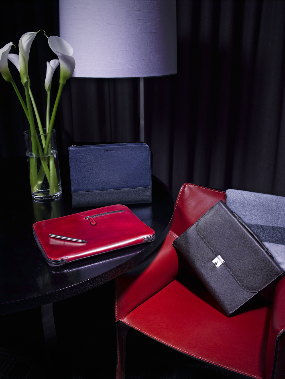 Lux Luggage 1-2.jpg
