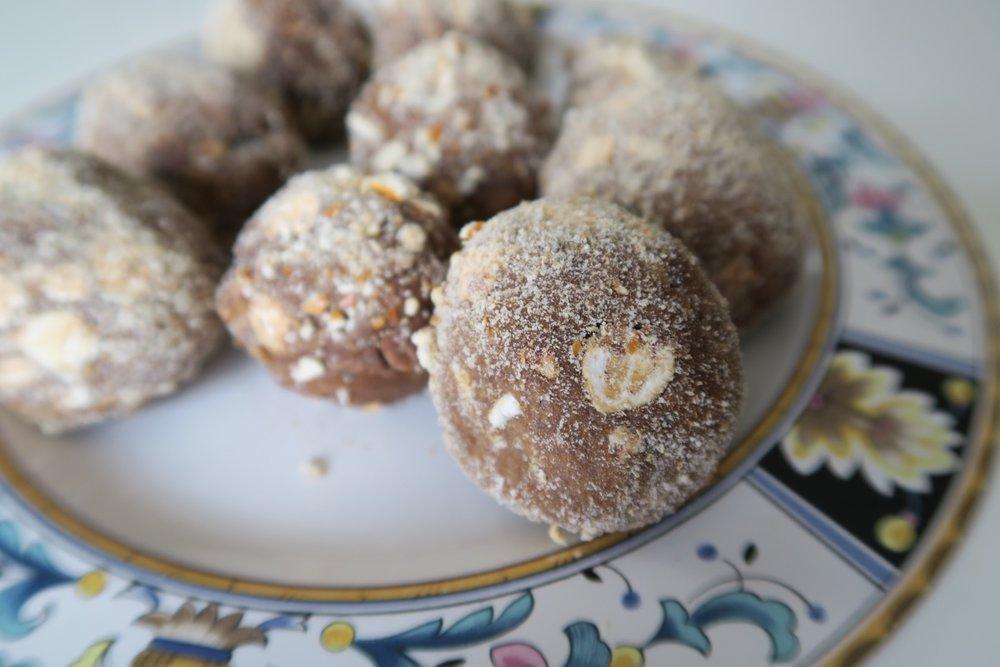 chocolate-peanut-butter-pretzel-protein-balls-1.jpg