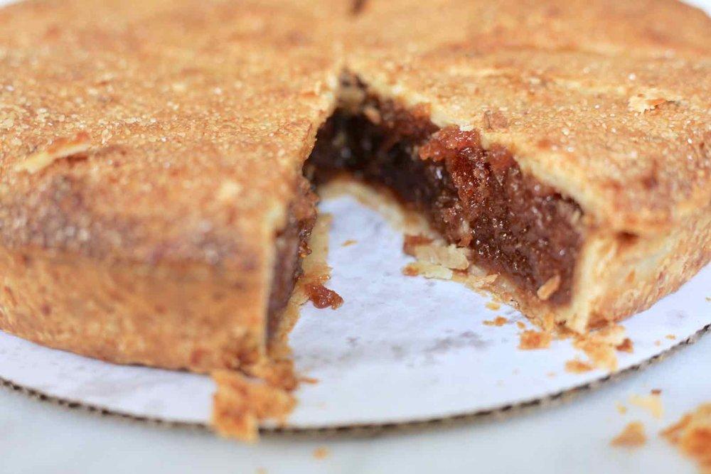 ultimate-thanksgiving-pie-apple-cheddar-crust-2.jpg