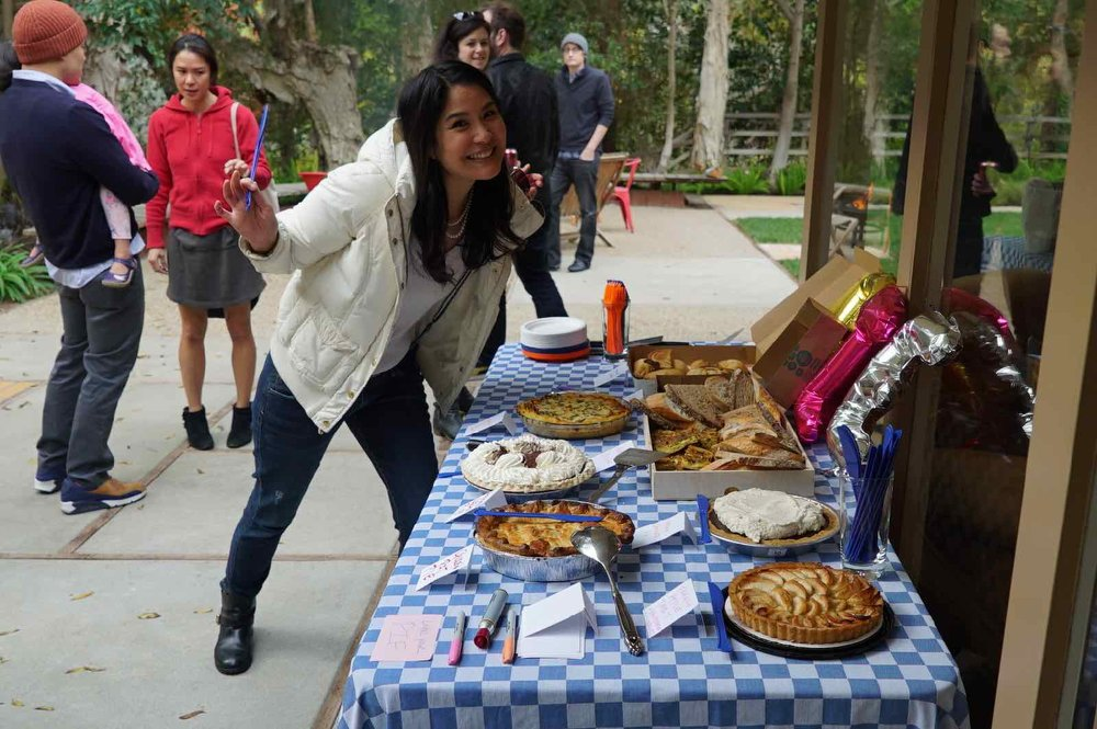 pie-potluck-birthday-party-3.jpg