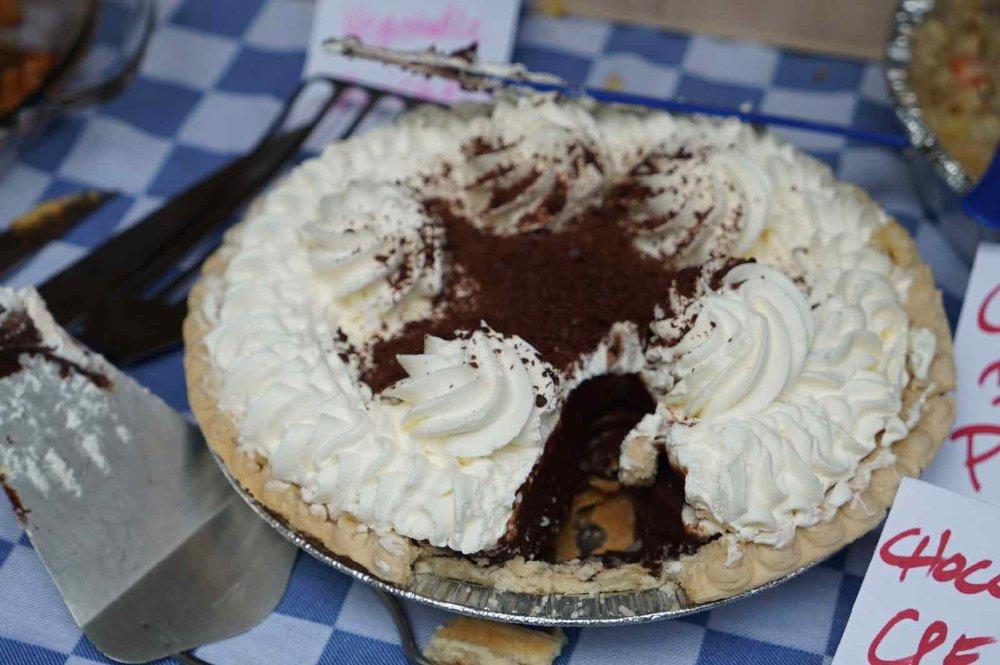 pie-potluck-birthday-party-5.jpg