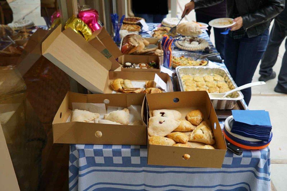 pie-potluck-birthday-party-7.jpg