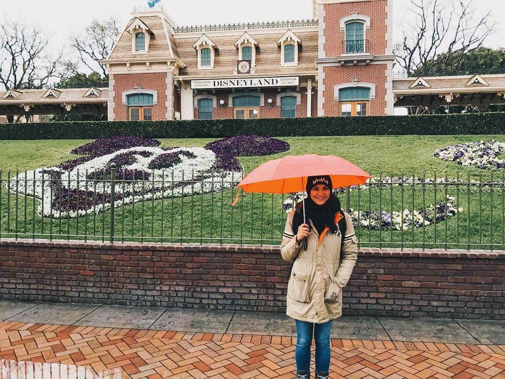 Rain-day-Disneyland.jpg