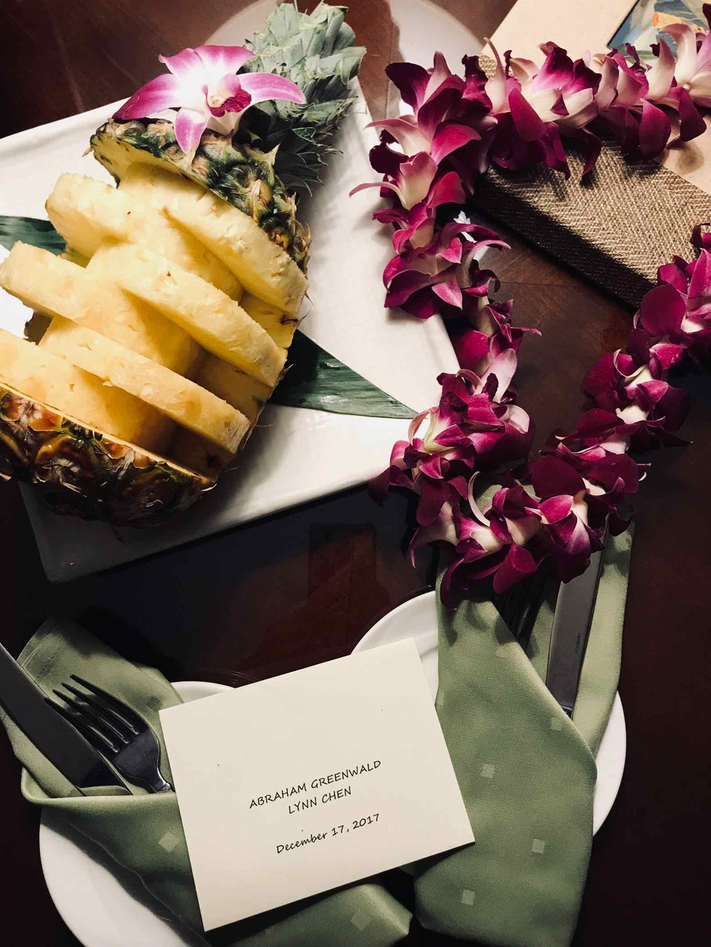 hawaii-pineapple-grand-hyatt-kauai.jpg