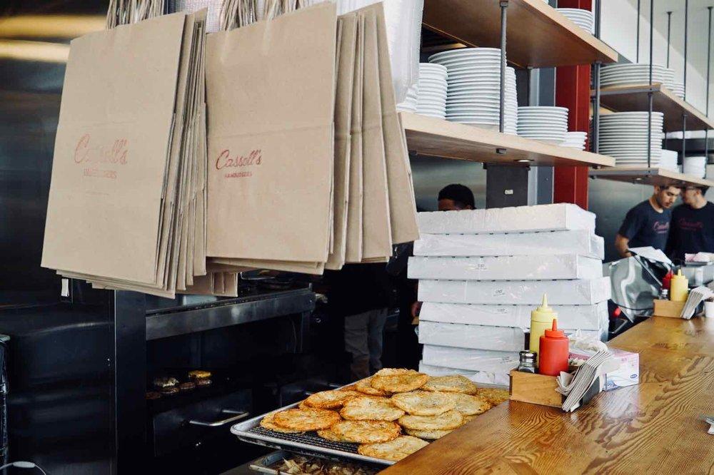 Cassells-Hamburgers-Koreatown-Los-Angeles-10.jpg