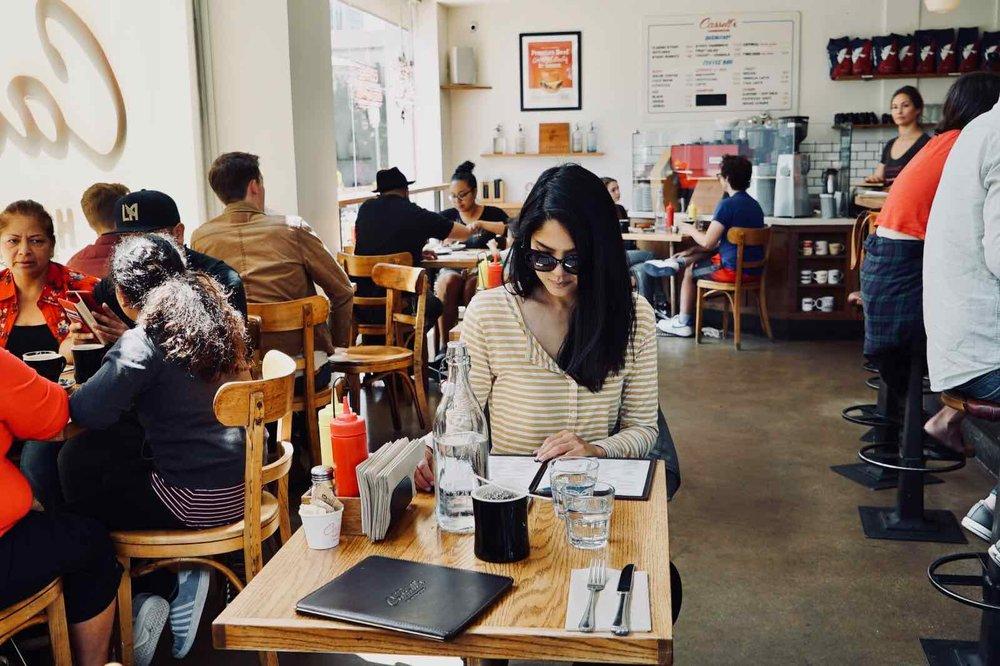 Cassells-Hamburgers-Koreatown-Los-Angeles-2.jpg