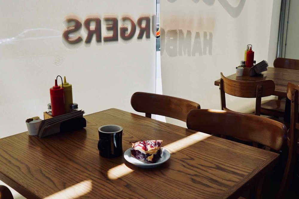 Cassells-Hamburgers-Koreatown-Los-Angeles-5.jpg