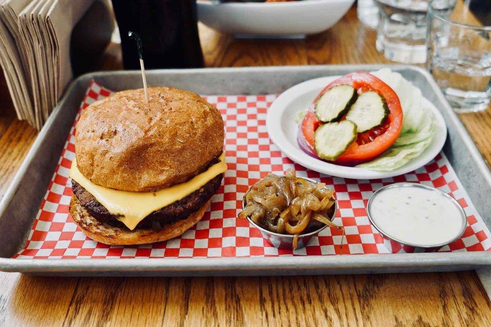 Cassells-Hamburgers-Koreatown-Los-Angeles-7.jpg
