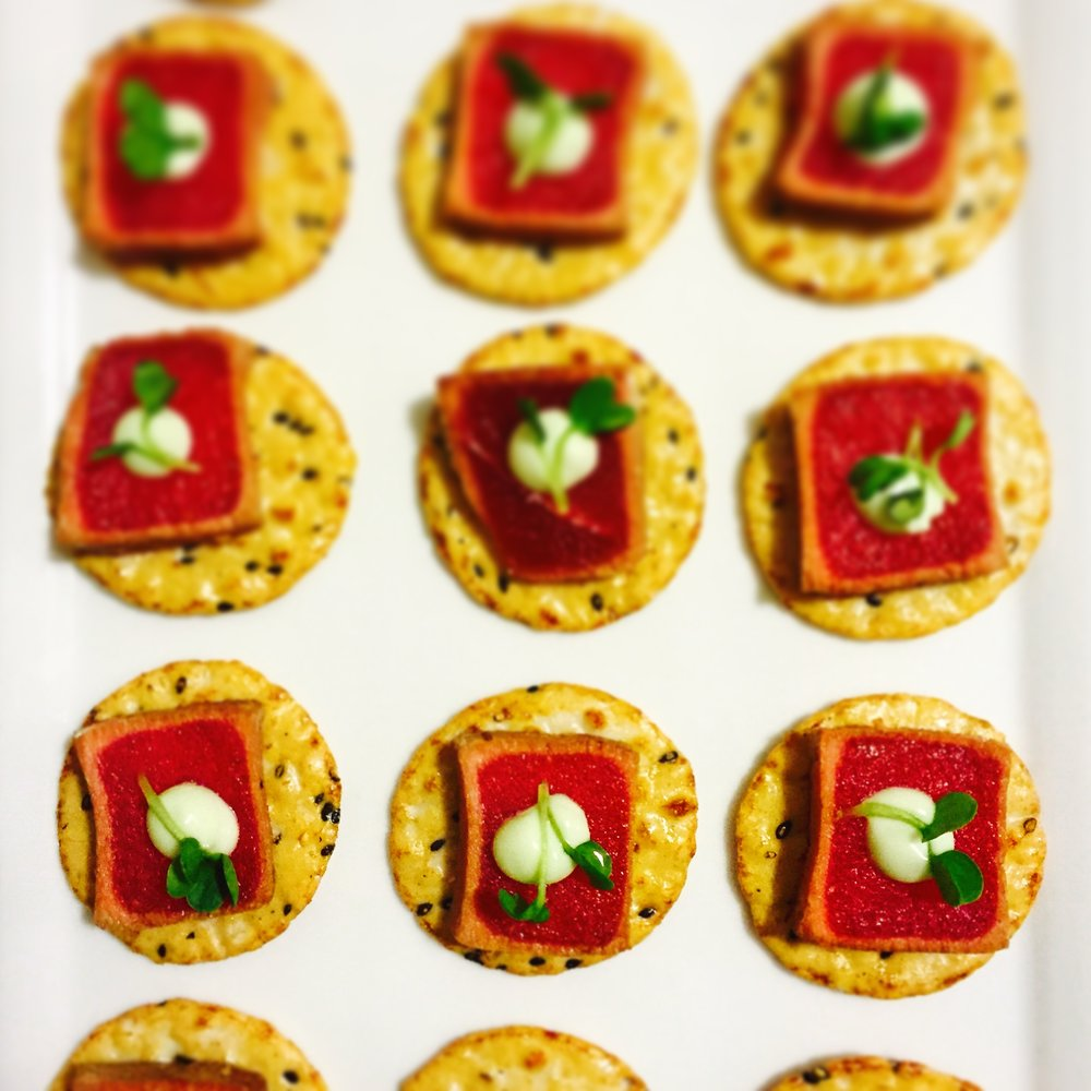 tuna hors d'oeuvres