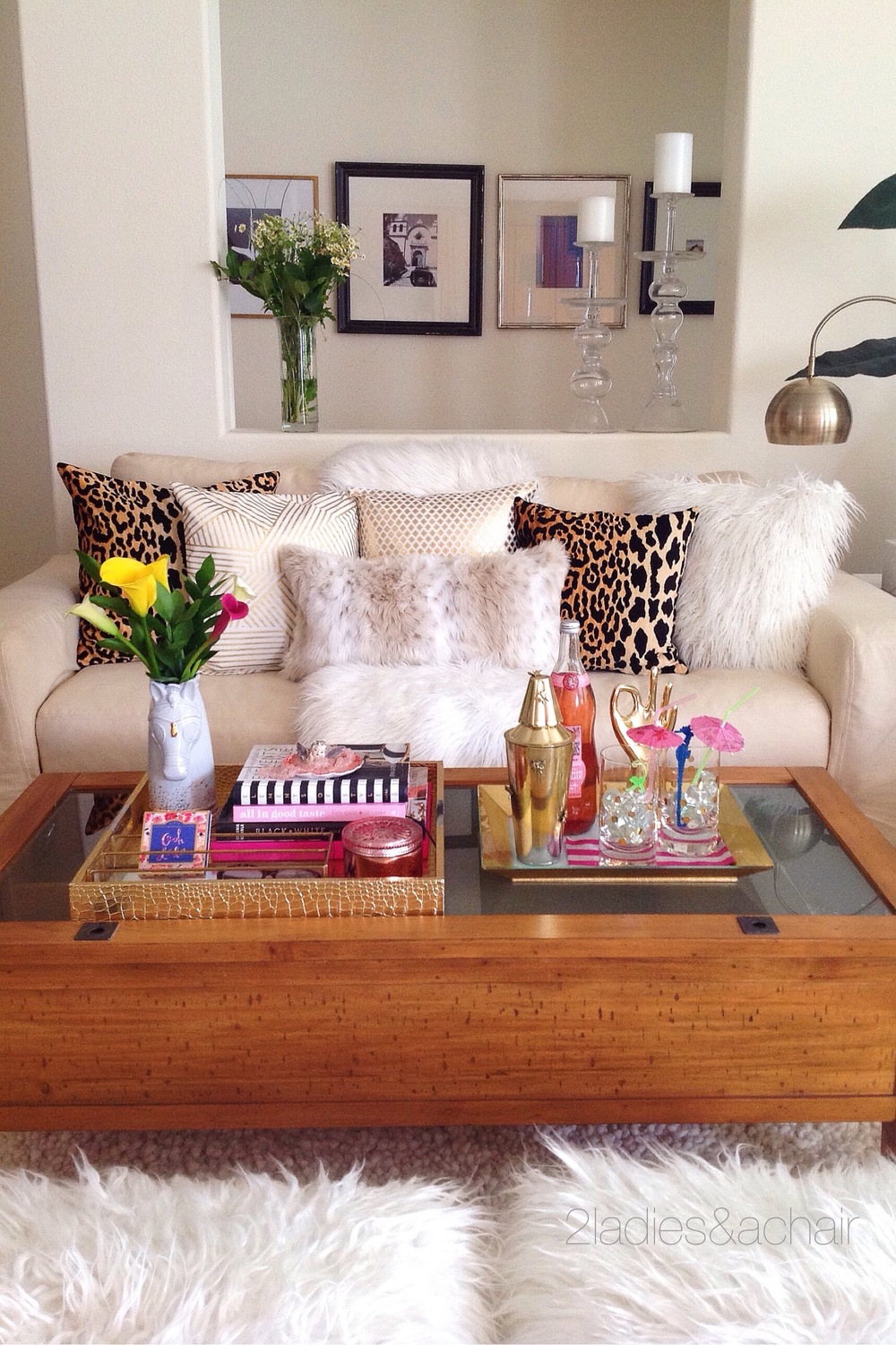 5 useful tips when decorating your coffee table 2 ladies a chair geotapseo Gallery