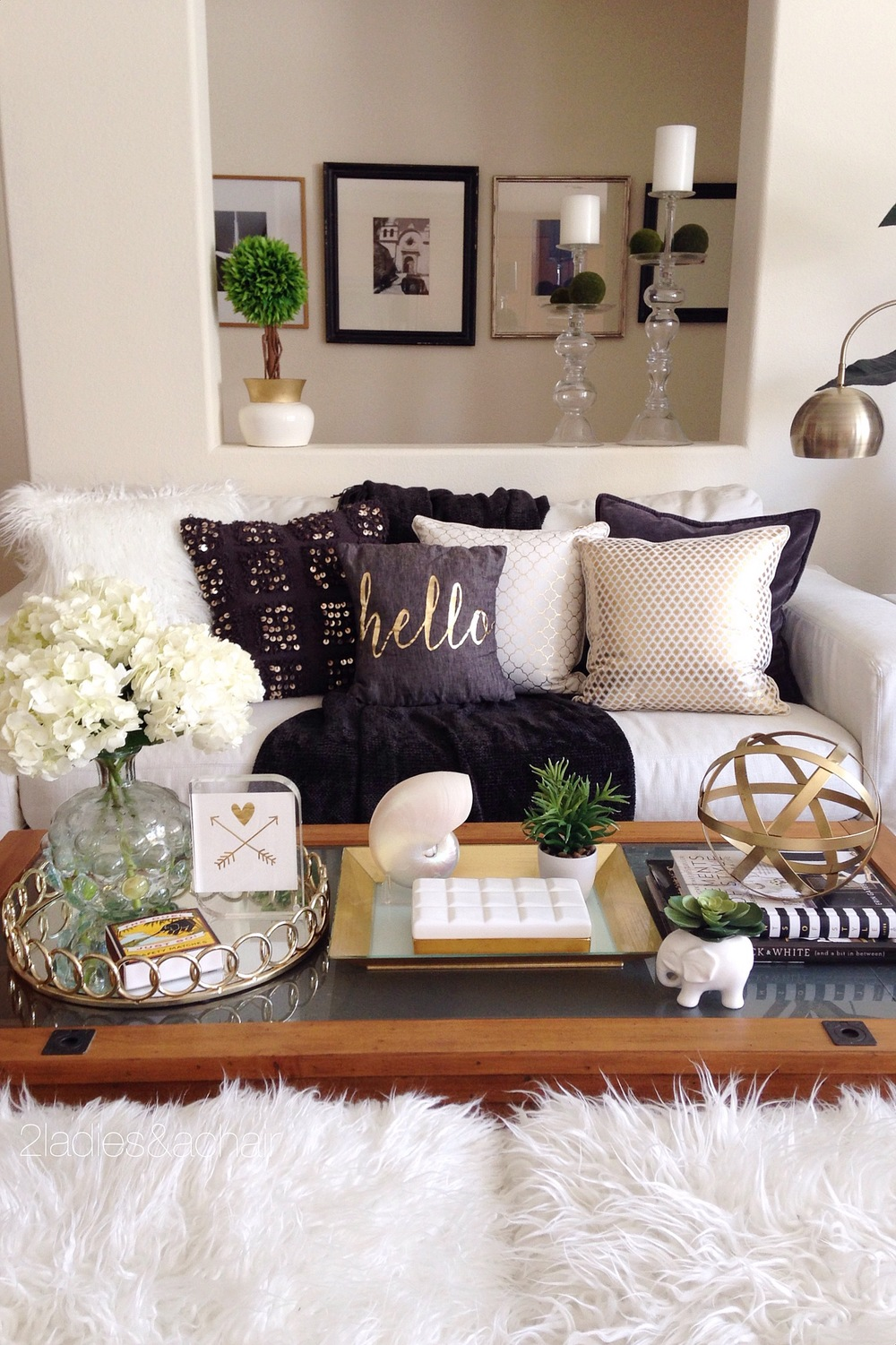 Here I've chosen gold as my accent color. This style of decorating can be easy on your budget too since your color accents can be added and changed with pillows and throws.