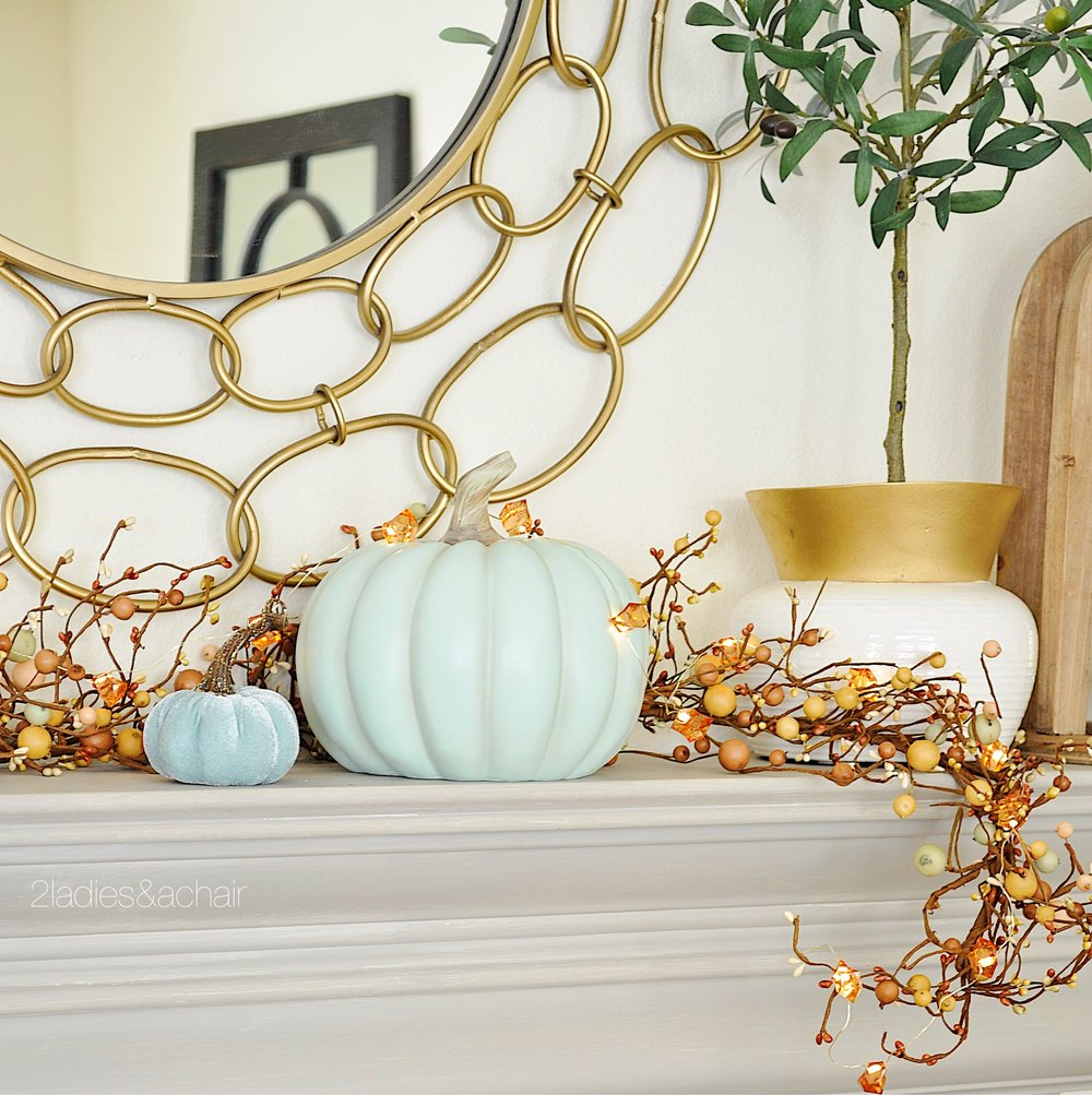 fall mantle IMG_7915.JPG