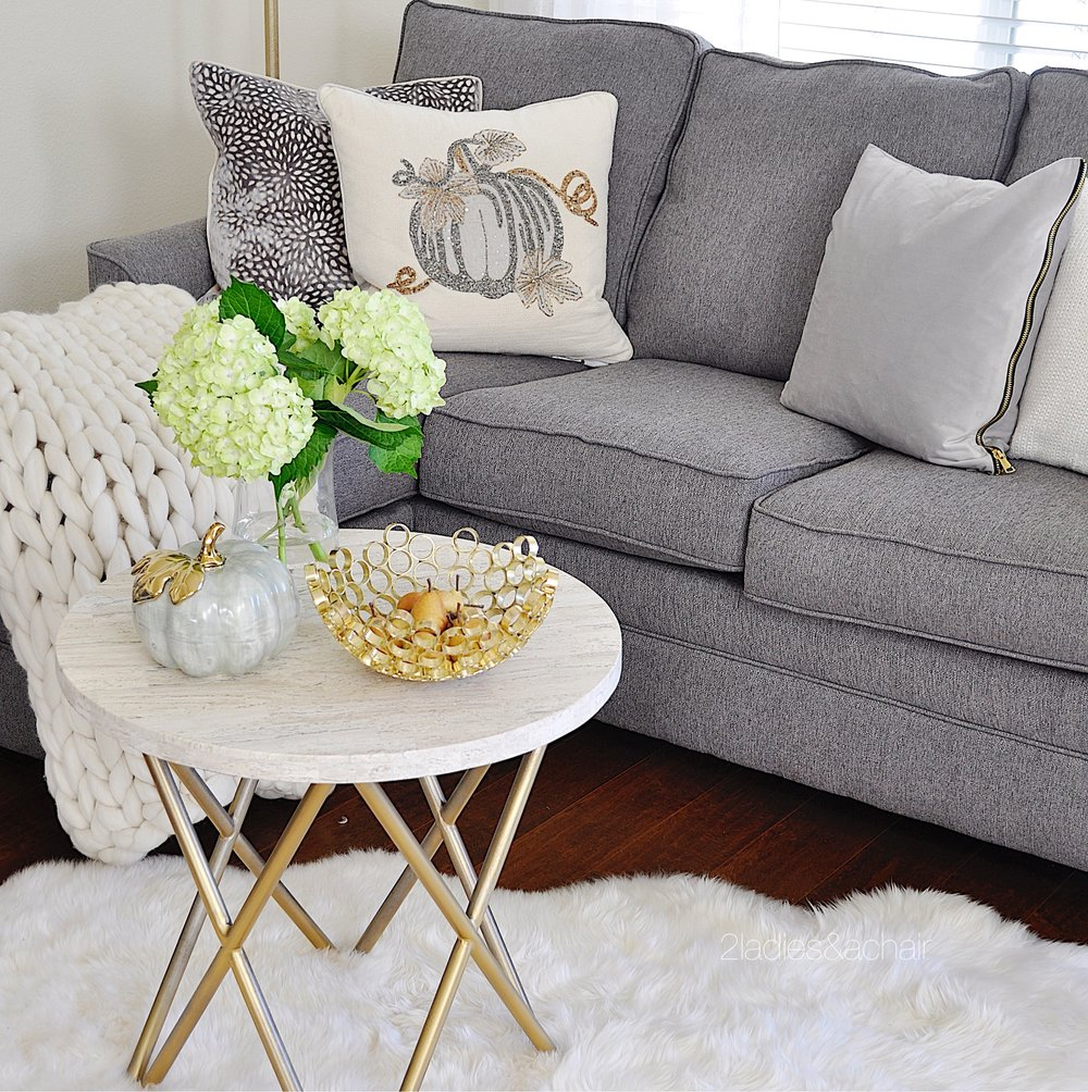 neutral living room ideas for fall IMG_8071.JPG