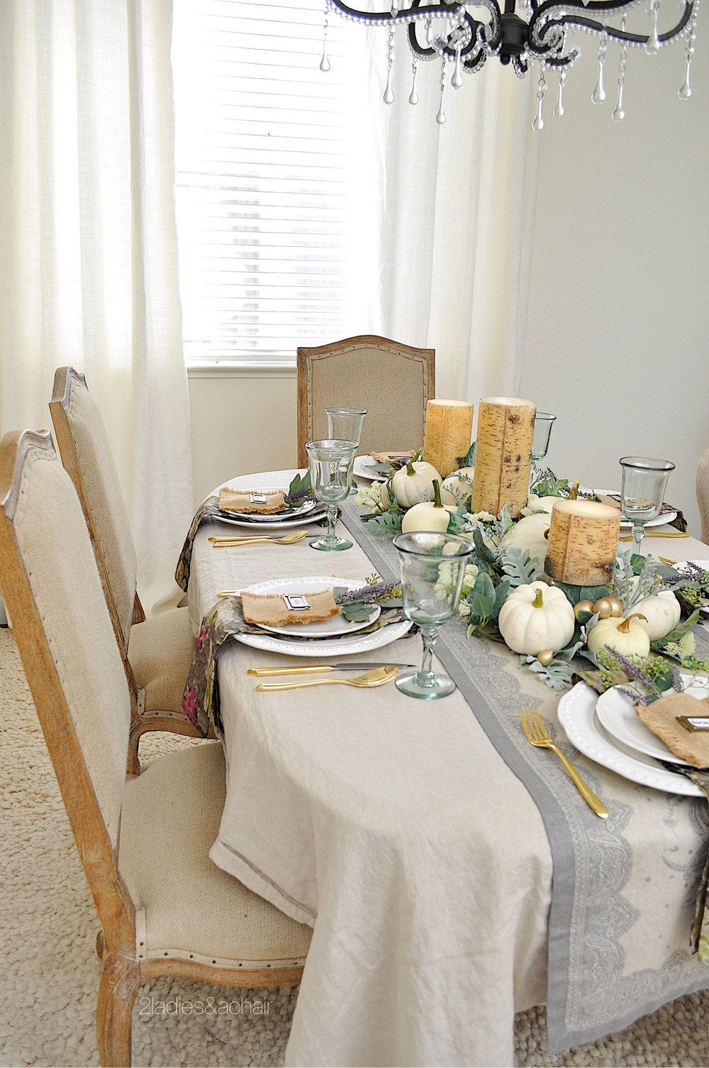 simple beautiful fall dining table IMG_8131.JPG