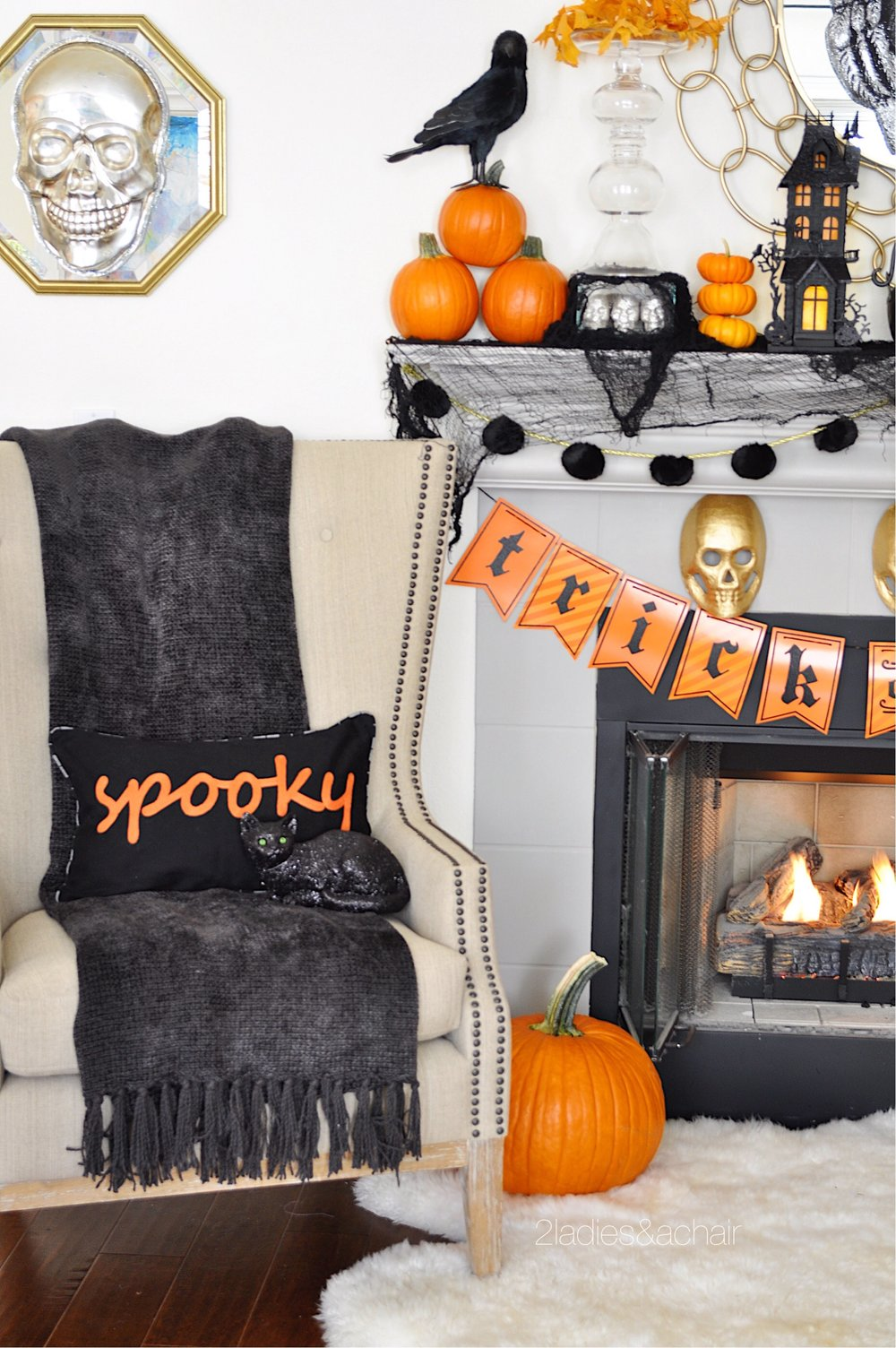 halloween mantel decorations FullSizeRender(84).jpg