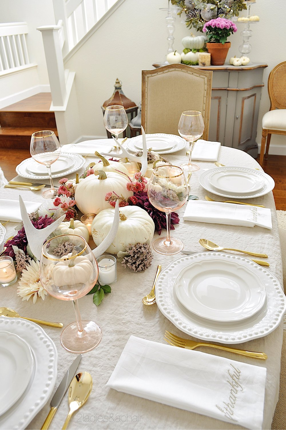 thanksgiving table IMG_8428.JPG