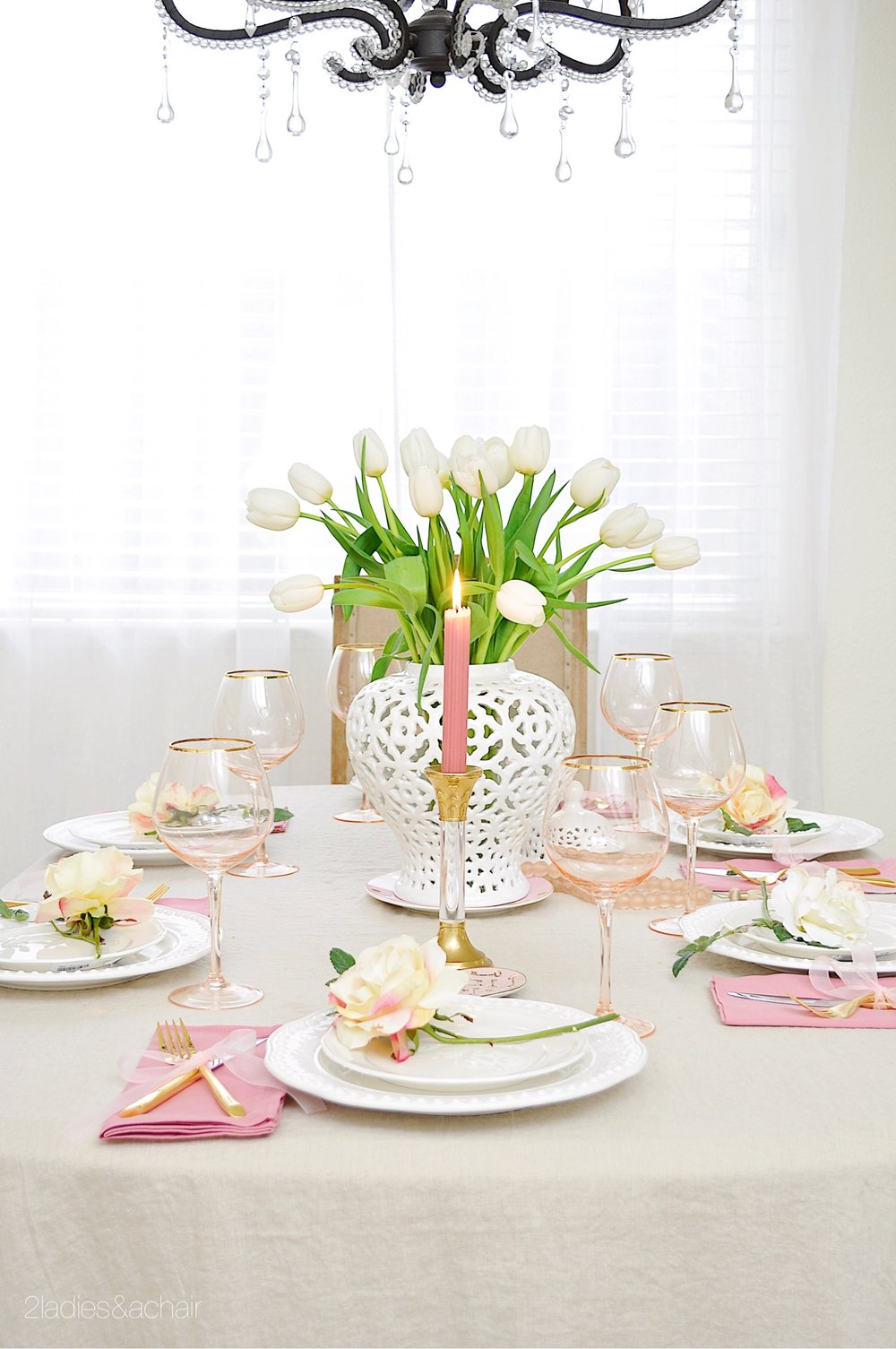 valentine's day table decor IMG_8964.JPG