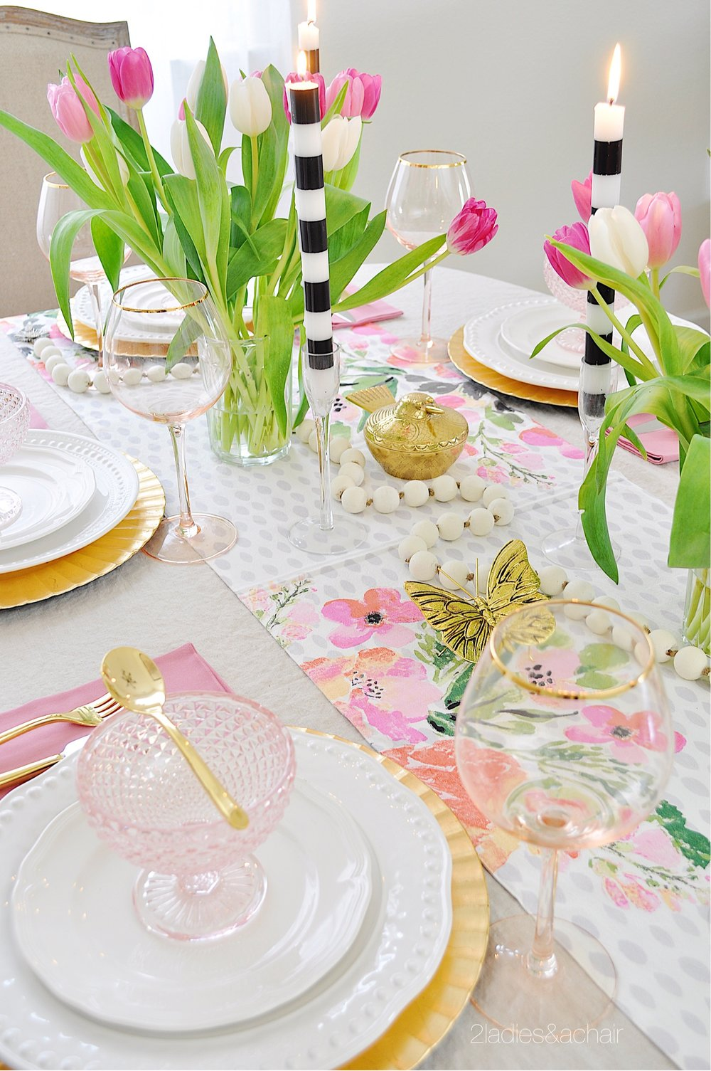 spring tablescape decor IMG_1938.JPG