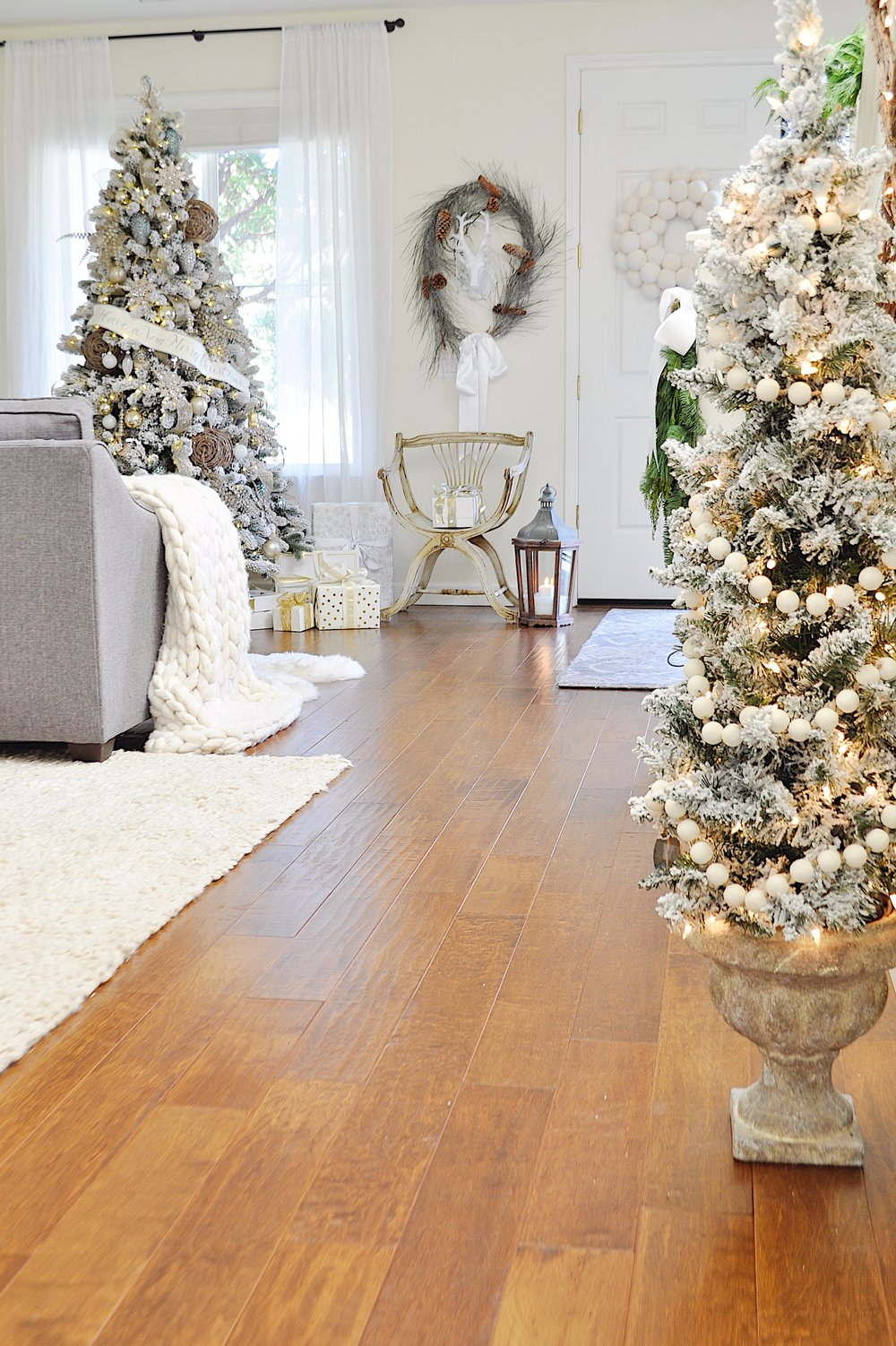 christmas home tour img 2.JPG
