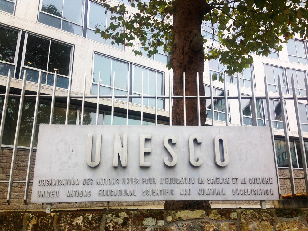 UNESCO-Caroline-Bergonzi-Fine-Art-Sculptures-Jewlery-Contemporary-art-01.jpg