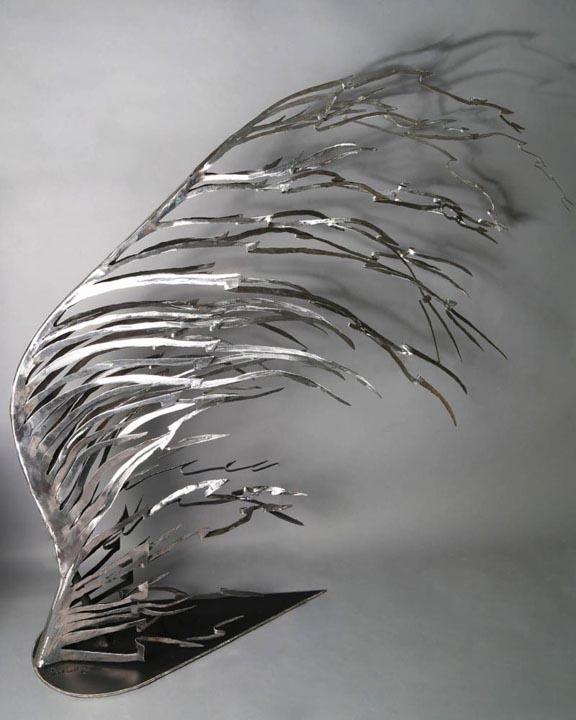 Caroline-Bergonzi-feather_2.jpg