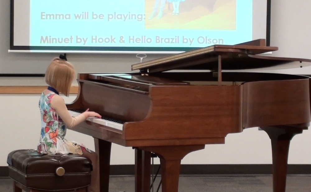 6 year old pianist!