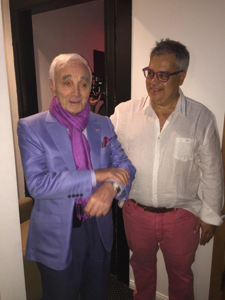 Aznavour-Farias.jpg