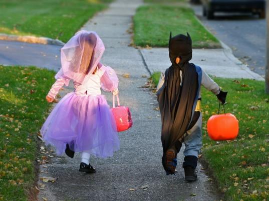 green-halloween-national-costume-swap-537x402.jpg