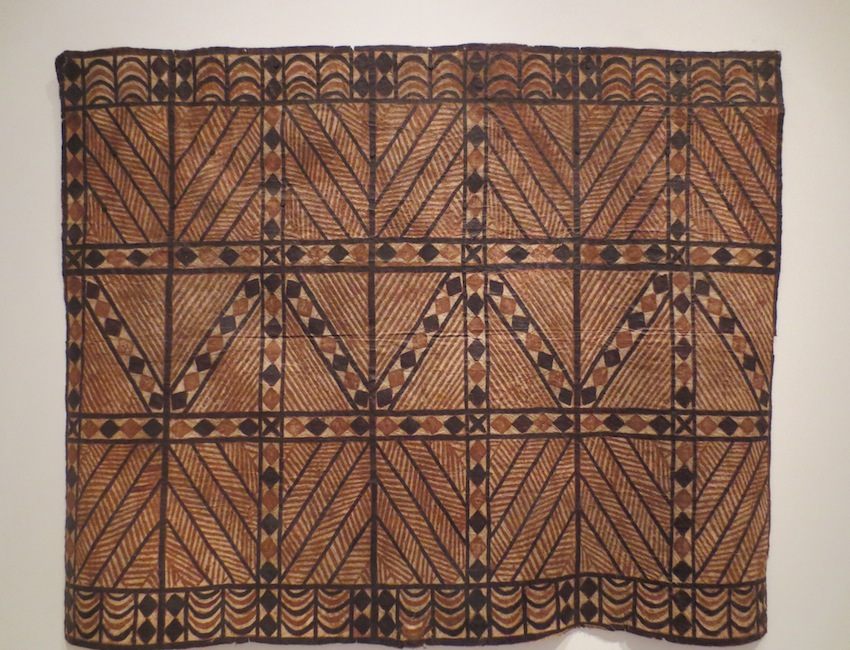Bark cloth (siapo), 1900s, Polynesia, Samoa. Paper mulberry barkcloth, block printed, painted.