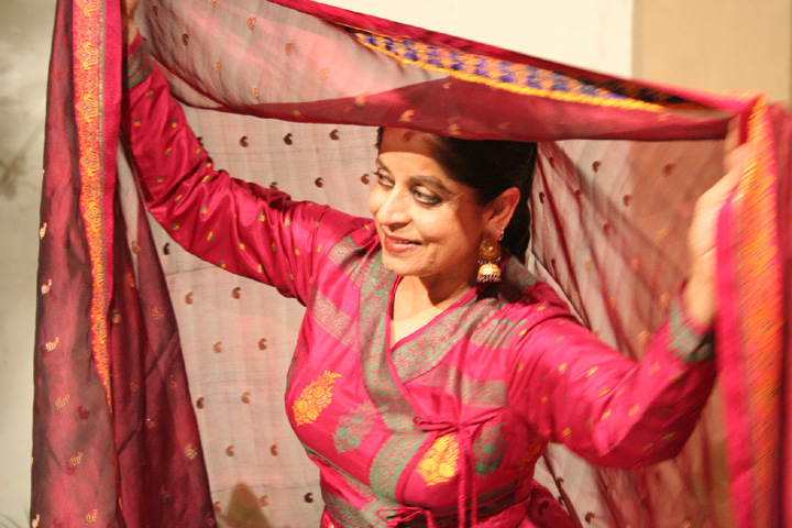 "Pakistani dancer Nahid Siddiqui in ""Unveiled Views."" Source: diasporafilmfest.com"