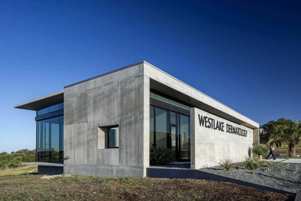 05 Westlake Dermatology Marble Falls by Matt Fajkus Architecture_exterior photo by Charles Davis Smith.jpg