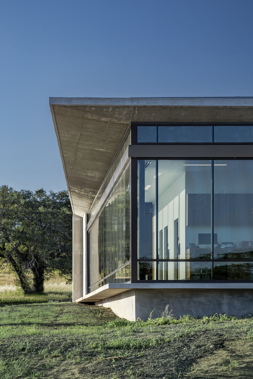 17 Westlake Dermatology Marble Falls by Matt Fajkus Architecture_exterior photo by Charles Davis Smith.jpg
