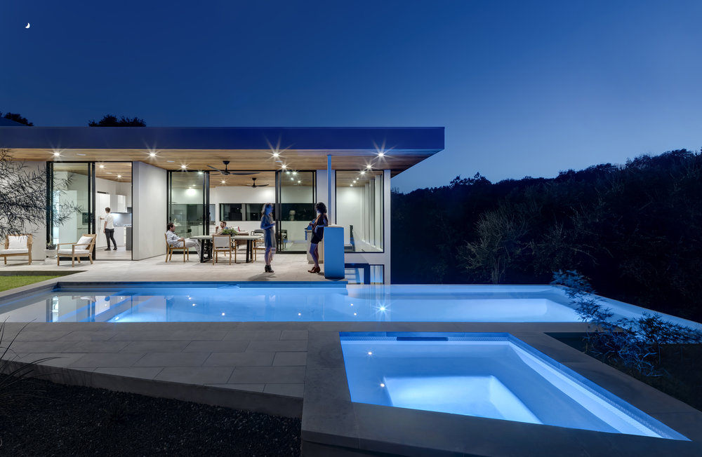 01 Bracketed Space House by Matt Fajkus Architecture_Photo 1 by Charles Davis Smith.jpg