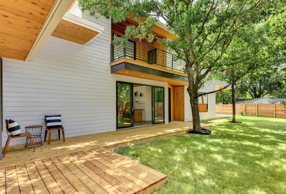 Matt Fajkus MF Architecture sideSTEP House_Photo 7 by Twist Tours.jpg