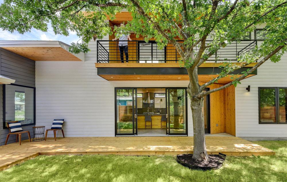 Matt Fajkus MF Architecture sideSTEP House_Photo 8 by Twist Tours.jpg