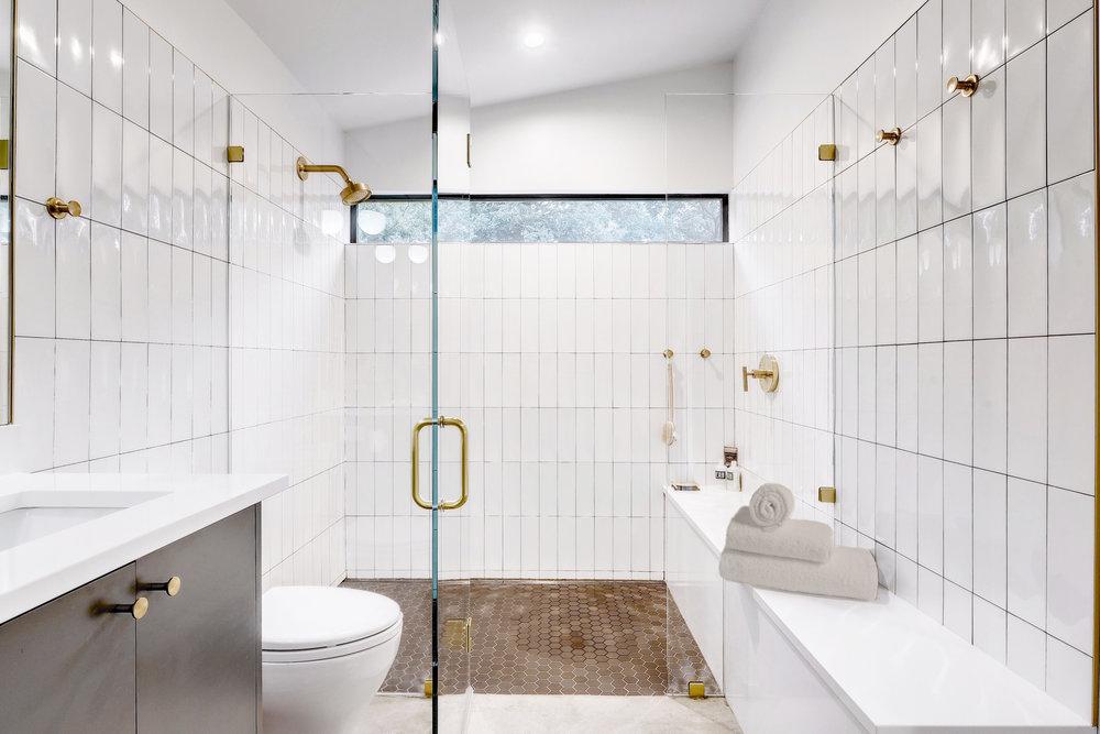15 Re-Open House by Matt Fajkus Architecture - Photo by Twist Tours.jpg