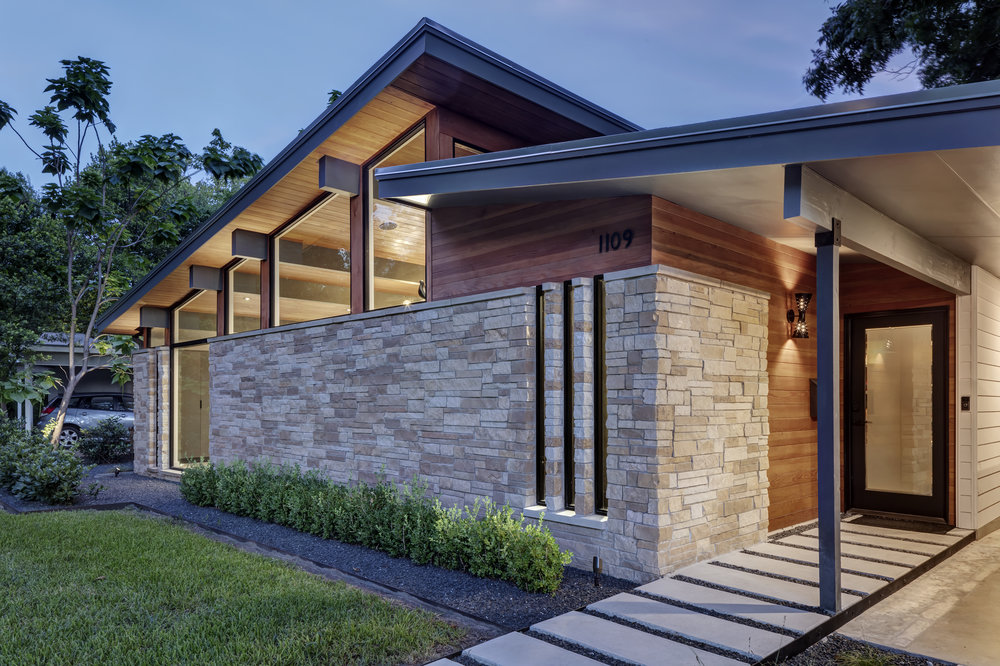 19 Re-Open House by Matt Fajkus Architecture - Photo by Charles Davis Smith.jpg
