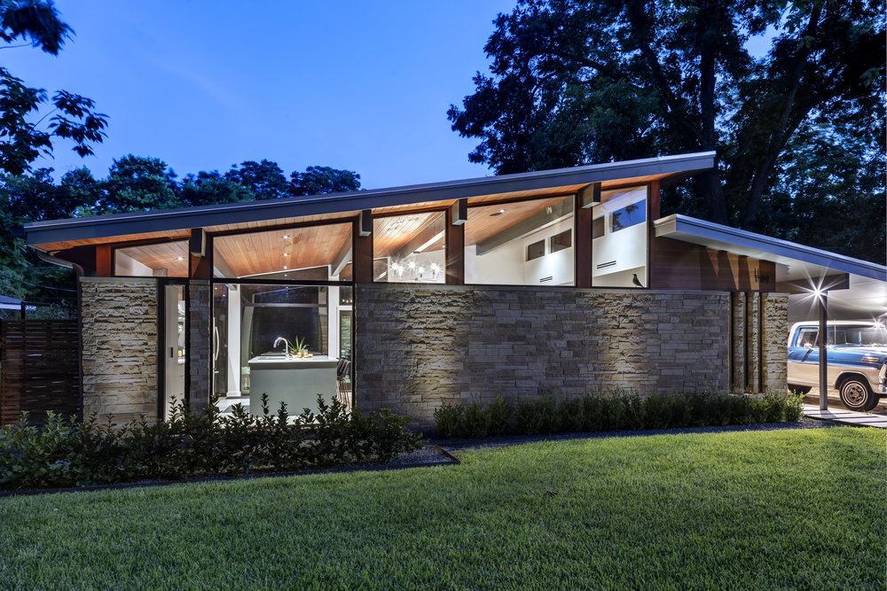 20 Re-Open House by Matt Fajkus Architecture - Photo by Charles Davis Smith.jpg