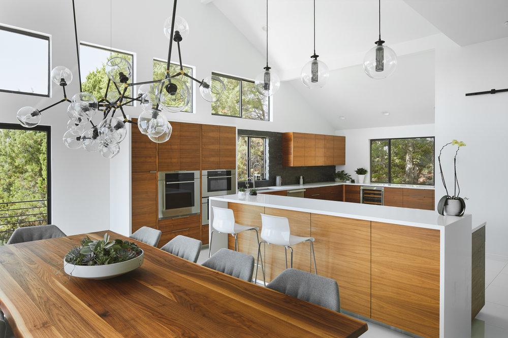 07 Via Media Residence by Matt Fajkus Architecture. Photography by Leonid_Furmansky.jpg