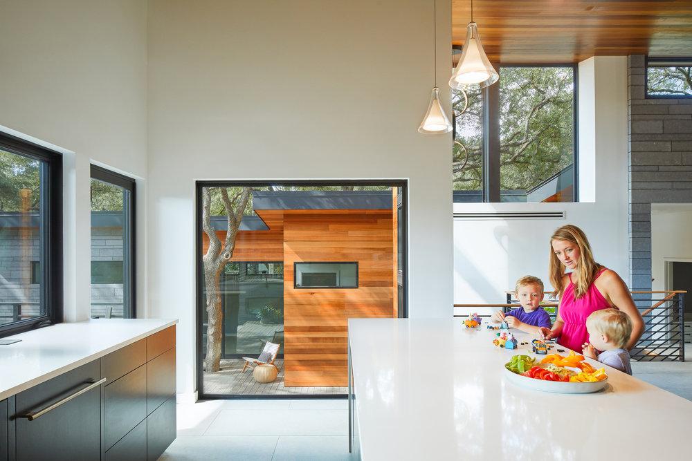 08-Ridgewood Residence by Matt Fajkus Architecture. Photo by Leonid Furmansky.jpg