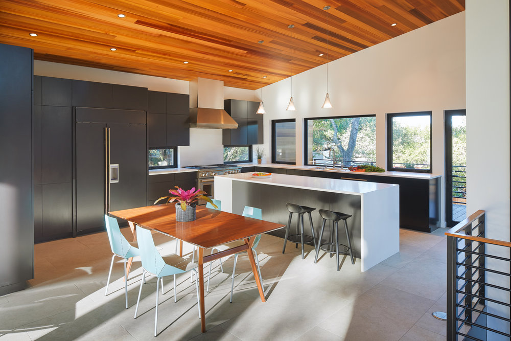 12-Ridgewood Residence by Matt Fajkus Architecture. Photo by Leonid Furmansky.jpg