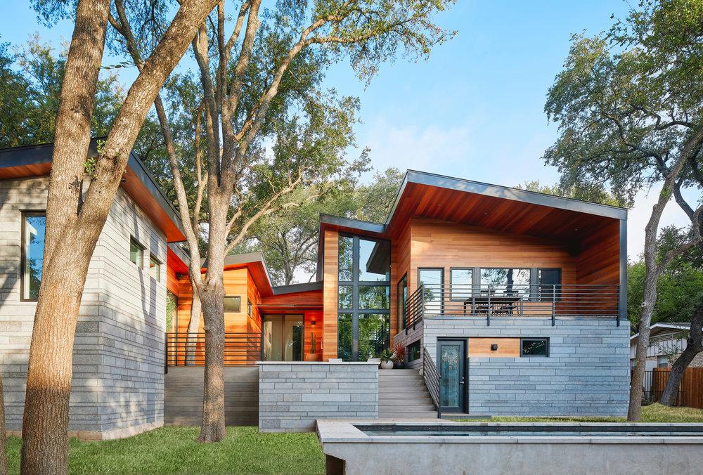 26-Ridgewood Residence by Matt Fajkus Architecture. Photo by Leonid Furmansky.jpg