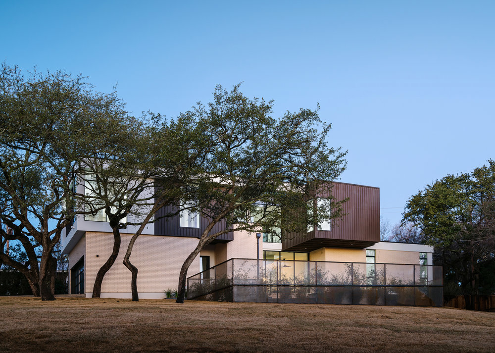 2 Allotted Space House by Matt Fajkus Architecture. Photo by Chase Daniel.jpg