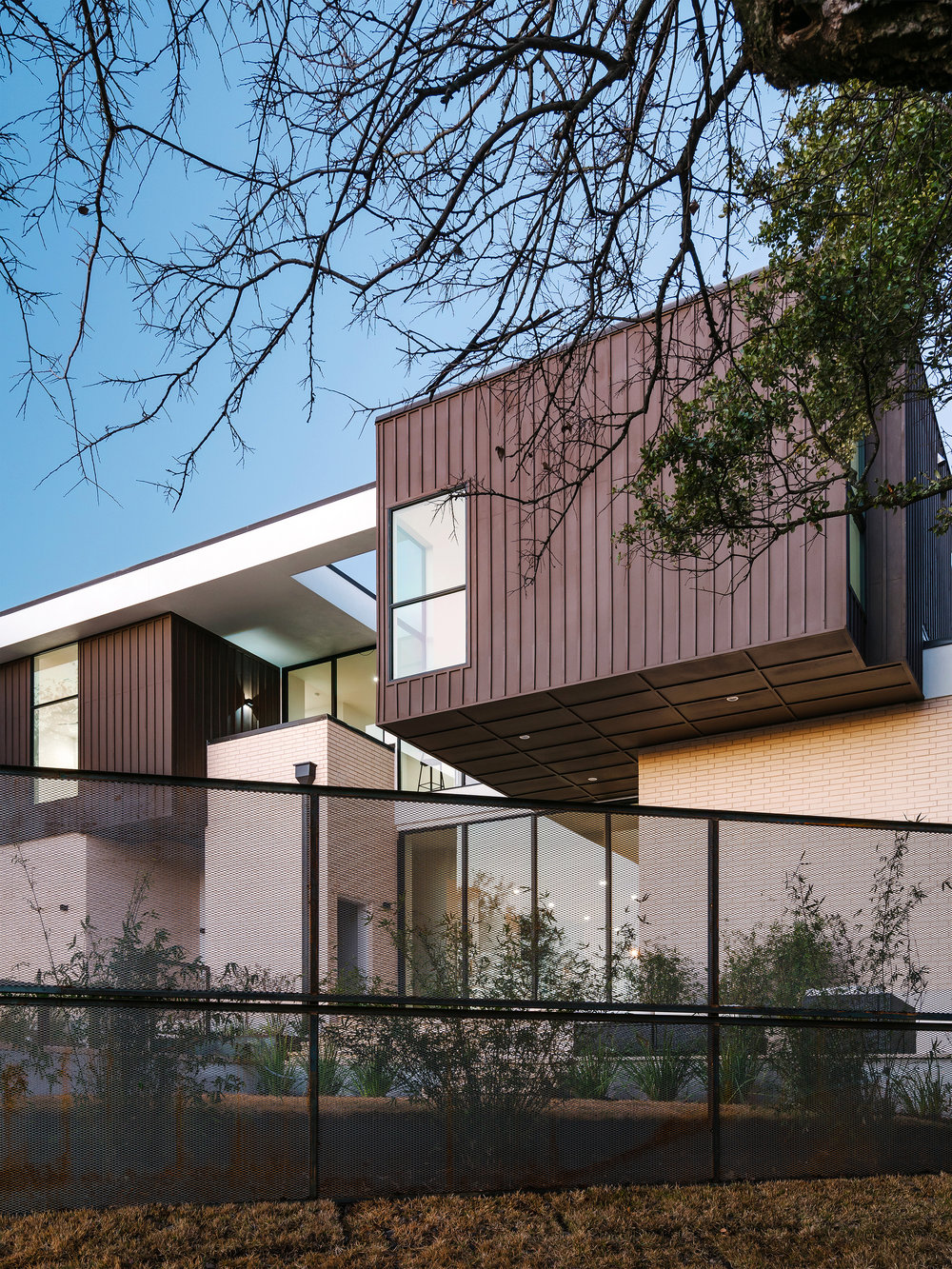 3 Allotted Space House by Matt Fajkus Architecture. Photo by Chase Daniel.jpg