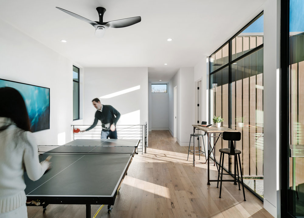 17 Allotted Space House by Matt Fajkus Architecture. Photo by Chase Daniel.jpg